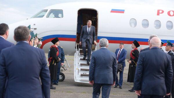 Сергей Лавров прибыл в Абхазию с рабочим визитом - Sputnik Абхазия