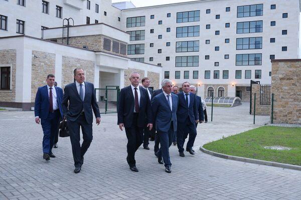 Лавров открыл новый комплекс посольства России в Сухуме - Sputnik Абхазия