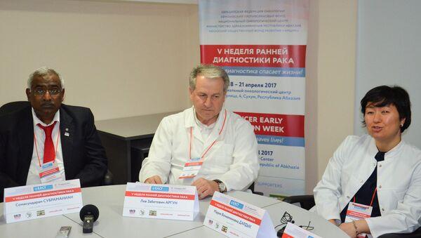 Пресс-конференция врачей Неделя диагностики рака - Sputnik Абхазия