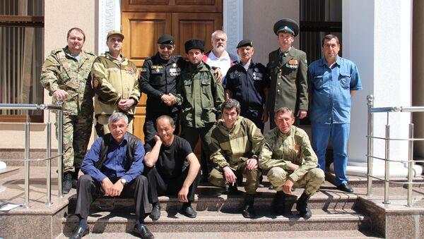 Добровольцы передали казачьи реликвии в музей Боевой Славы - Sputnik Абхазия