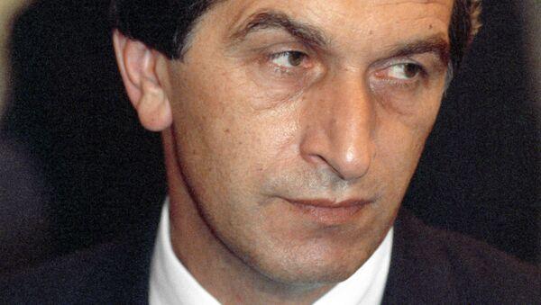 Председатель Верховного Совета Абхазии Владислав Ардзинба 3 сентября 1992 - Sputnik Абхазия