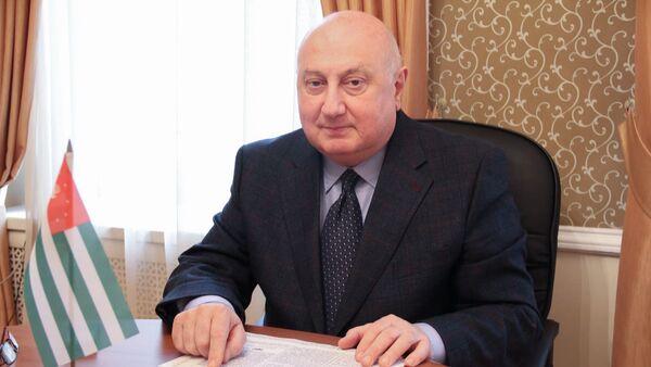 Посол Абхазии в России Игорь Ахба - Sputnik Абхазия