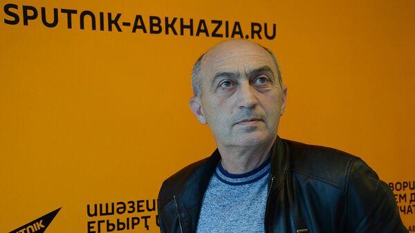 Аԥсны аҳәынҭқарратә екологиатә хеилак ахантәаҩы ихаҭыԥуаҩ Мурман Соломко - Sputnik Аҧсны