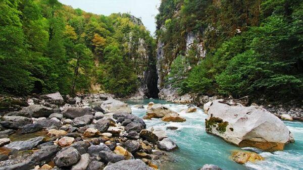 Нижний каньон реки Бзыбь - Sputnik Абхазия