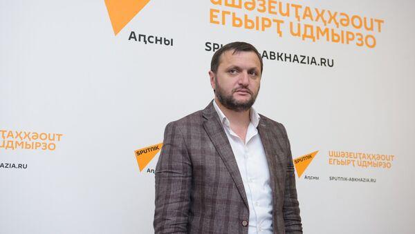Ажурналист Алхас Ҷолокәуа - Sputnik Аҧсны