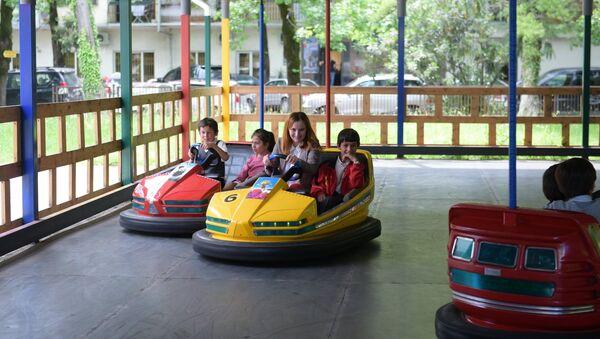 Дети Киараз в Сухуме - Sputnik Абхазия