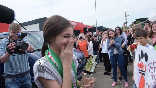 Жизнь, как сон: Абхазия встречала победительницу Ты супер! Валерию Адлейба - Sputnik Абхазия