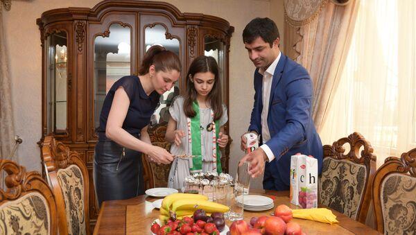 Трехкомнатная квартира в центре города Сухум стала суперпризом от проекта Ты супер! для победительницы шоу Валерии Адлейба - Sputnik Абхазия