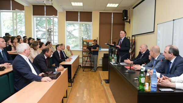 Подписание соглашения в АГУ - Sputnik Абхазия