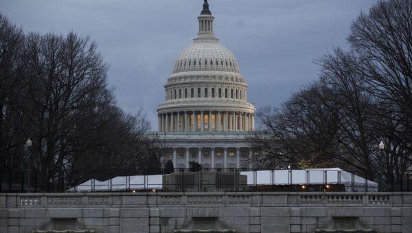 Здание Белого Дома в Вашингтоне - Sputnik Абхазия