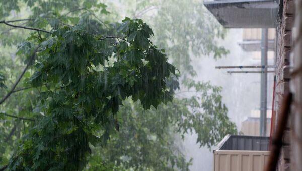 Дождь в Москве - Sputnik Абхазия