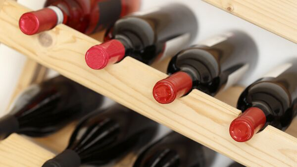 Бутылки с вином - Sputnik Аҧсны