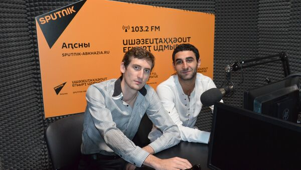 Адамыр Вардания и Абел Миносян - Sputnik Абхазия