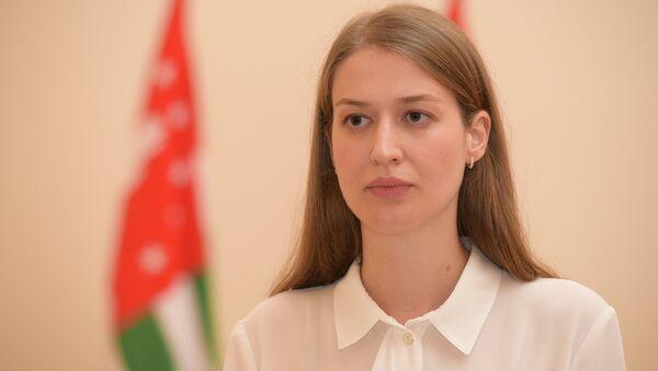 Брифинг пресс-секретаря президента по итогам рабочей встречи Путина и Хаджимба - Sputnik Абхазия
