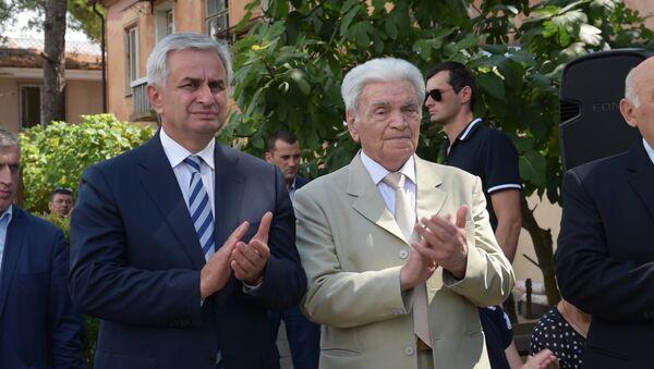 По зову сердца: День добровольца отметили в Гудауте - Sputnik Абхазия