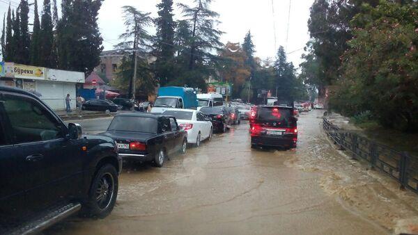 Наводнение в городе - Sputnik Абхазия
