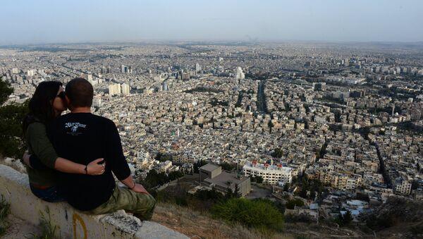 Вид на Дамаск с горы Кассион, 5 апреля 2016 года. - Sputnik Абхазия
