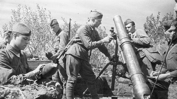 Советские артиллеристы. Курская битва - Sputnik Абхазия