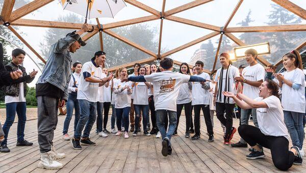 Коллектив Тодес провел мастер-класс для участников проекта Ты супер! Танцы - Sputnik Аҧсны