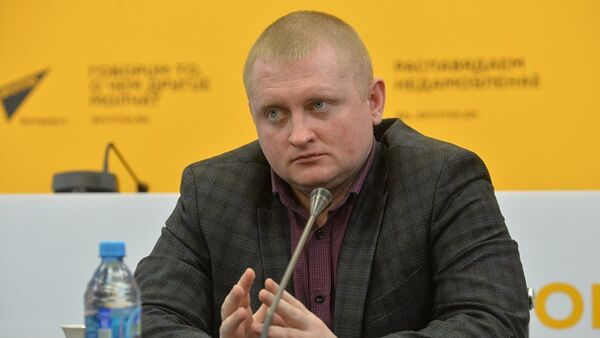 Политолог Александр Шпаковский - Sputnik Абхазия