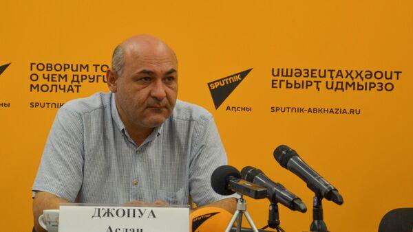 Аслан Джопуа - Sputnik Абхазия