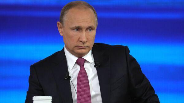 Прямая линия с президентом РФ В. Путиным - Sputnik Абхазия