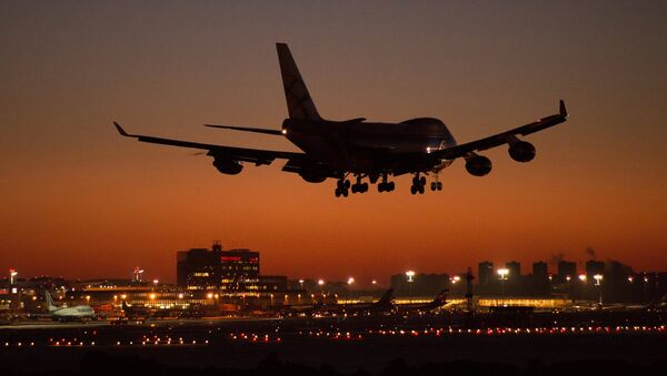 Самолет Boeing 747 - Sputnik Аҧсны