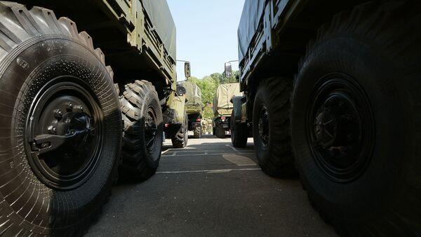 Военное имущество было передано Российской Федерацией  Министерству обороны Республики Абхазии в рамках практической реализации Соглашения об объеденной группировке войск, подписанного 21 ноября 2015 года - Sputnik Абхазия