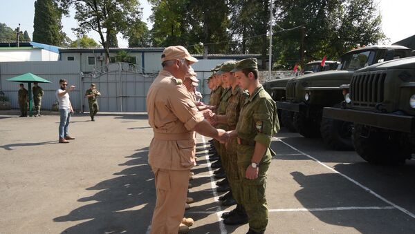 Военный дар: церемония передачи техники  Минобороны Абхазии от России - Sputnik Абхазия