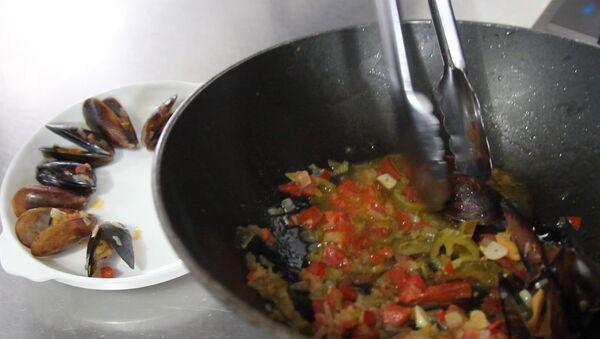 Мидии за пять минут: специальный рецепт от шеф-повара - Sputnik Абхазия