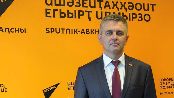 Вадим Красносельский - Sputnik Абхазия