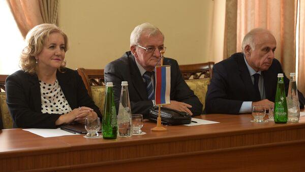Путь к сотрудничеству: Абхазия и Республика Сербская заявили о партнерстве - Sputnik Абхазия