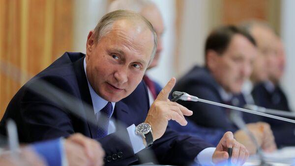 Президент РФ Владимир Путин, архивное фото - Sputnik Абхазия