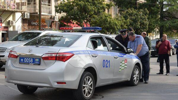 ДТП на улице Ардзинба - Sputnik Абхазия