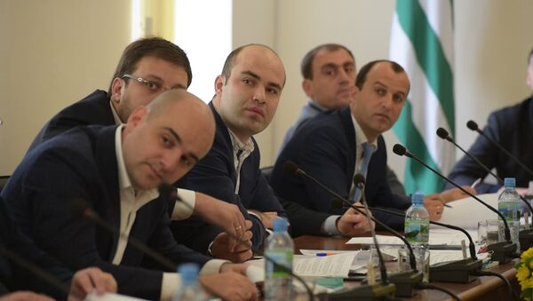 Вывести из тени: в Парламенте Абхазии рассказали для чего спецналог - Sputnik Абхазия