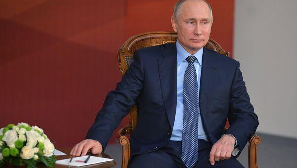 Рабочая поездка президента РФ В. Путина в Челябинск - Sputnik Абхазия