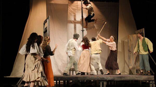 Спектакль Кьоджинские перепалки в исполнении студентов Щукинского училища - Sputnik Аҧсны