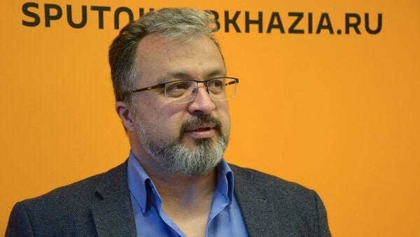 Директор кинофестиваля Кунаки Ильяс Богатырев - Sputnik Абхазия