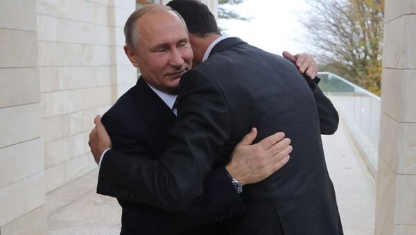 Президент России Владимир Путин и президент Сирии Башар Асад во время встречи - Sputnik Абхазия