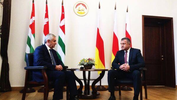 Визит президента Абхазии в Южную Осетию - Sputnik Абхазия