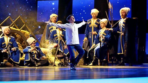 Леон Капба в первом полуфинале шоу Ты супер!Танцы - Sputnik Аҧсны