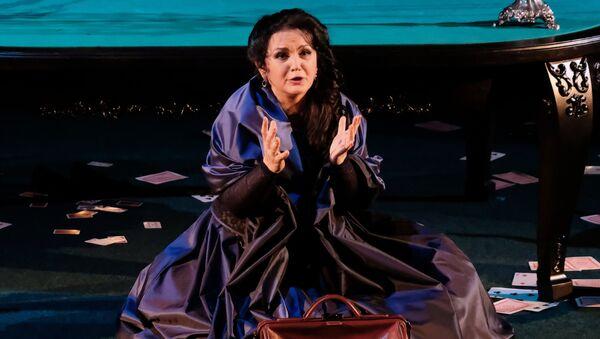 Новая версия спектакля Пиковая дама в театре Геликон-опера - Sputnik Абхазия