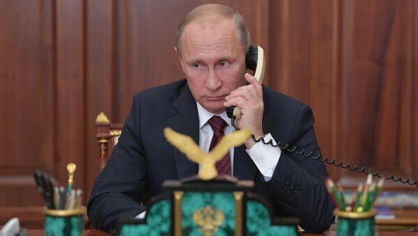 Президент РФ В. Путин провел телефонный разговор с главами ДНР А. Захарченко и ЛНР И. Плотницким - Sputnik Абхазия