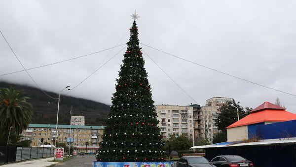 Елка в Гагре - Sputnik Абхазия