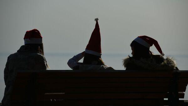 Жаркий декабрь в Сухуме - Sputnik Абхазия