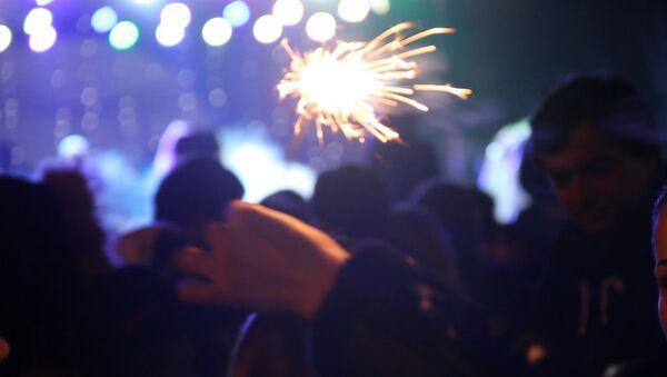 Барабаны, брейк-данс и салют: как встречали Новый год в Сухуме - Sputnik Аҧсны