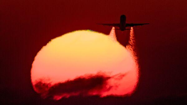 Самолет. Архивное фото. - Sputnik Абхазия