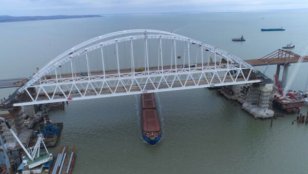 Строительство моста в Крым: итоги за два года - Sputnik Абхазия