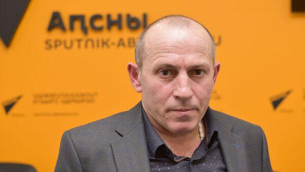 Џьон Ҳалуашь - Sputnik Аҧсны