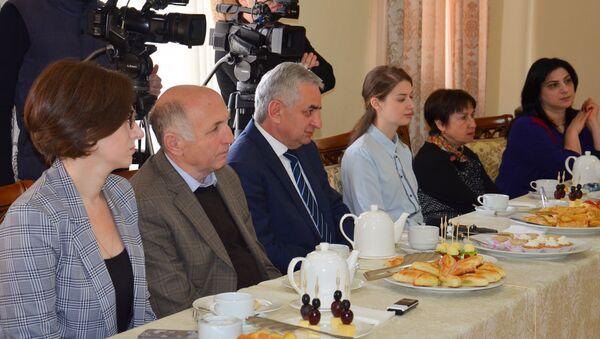 Чаепитие журналистов с президентом - Sputnik Аҧсны